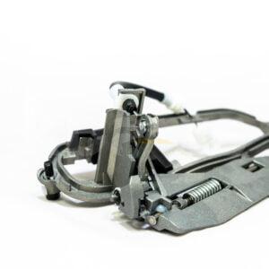 BMW X5 E53 Vairuotojo kairės pusės durų rankena (mechanizmas) 51218243615